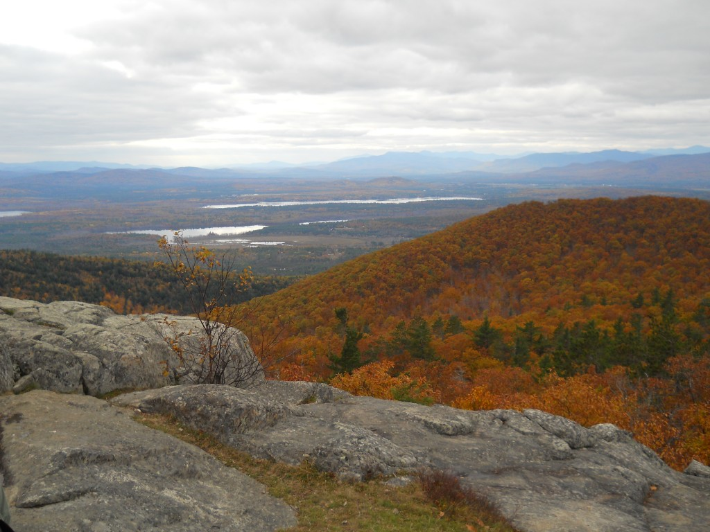 Fall foliage of Maine from Pleasant Mountain.