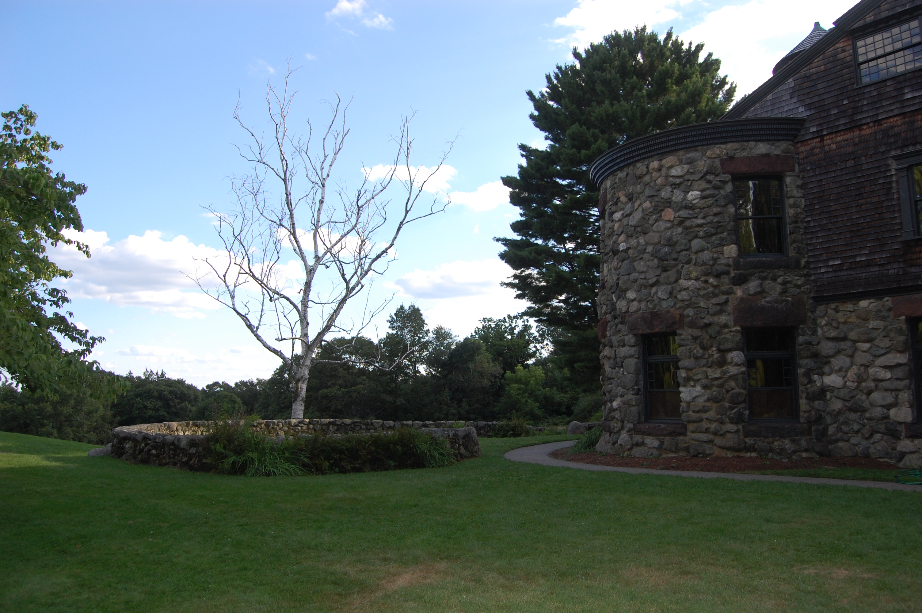Stonehurst and Paine Estate Grounds in Waltham